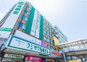 フジサワ名店ビル 約770m(徒歩10分)