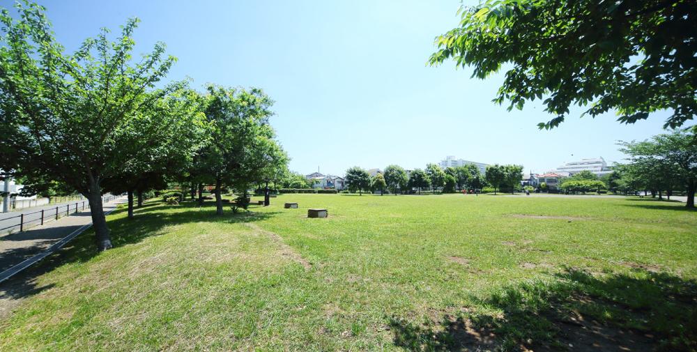 宇喜田公園 約720m(徒歩9分)