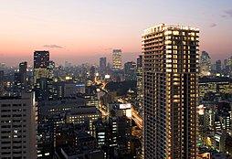 外観(約42.8畳のリビングダイニングから東京タワーを望む(モデルルーム))