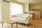 [B2 内観]平成30年6月撮影※写真の家具・調度品などは価格に含まれません。