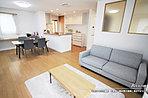 [A号地 内観]平成30年6月撮影 ※写真内の家具・調度品は価格に含まれません。
