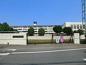 狭山市立入間野中学校:徒歩25分(2000m)