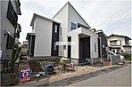 現地(2018年6月)撮影 入曽駅徒歩10分と通勤通学に便利な立地です。