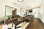 【3号地】中2階のスペースは、ご家族でマルチに使える便利空間です。