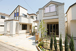 武蔵小金井に素敵な温もりのある邸宅が誕生。