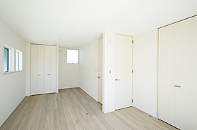 A棟主寝室・洋室(2ドア1ルーム)