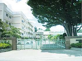 大門小学校…徒歩7分(510m)