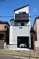 シャッター付きビルトインガレージの家【 HOUSEPRO 】 センチュリーガーデン七林町
