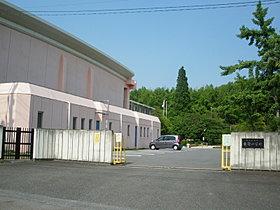 東部小学校:団地入口より徒歩20分
