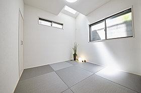【A号地モデルハウス】採光のとれた和室