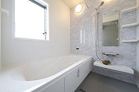 お風呂はできるだけ大きく!もちろん保温機能も高く経済的に!