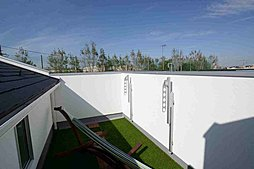 2.6mの天井高が創り出す極美快適空間洋室