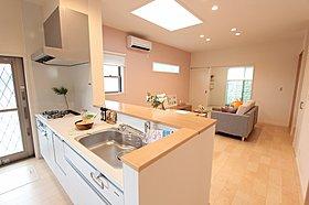 モデルハウスのキッチン  I型2550I型キッチン
