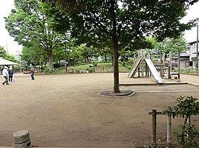 野火止公園:徒歩4分(300m)
