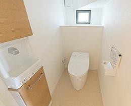 2階トイレ(5号棟)