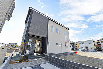 E号地にてご見学用モデルハウスを公開中!外断熱の家。