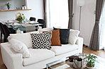 ■また、家具付モデルハウス分譲も実施中!(E2-11-8号邸)■内装に合わせてプロのコーディネーターが家具を厳選。それをそのまま分譲いたします。