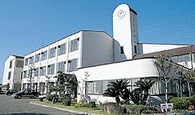 「熊取南中学校」では里山体験学習など様々な行事があります