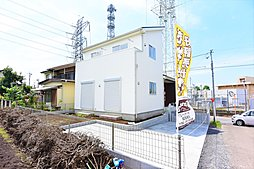 ステップインロフト入間市小谷田新築住宅 3階に通常の階段で上が...