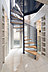 シンボリックな美しいらせん鉄骨階段が出迎える大理石調タイル張りのホール。,1SLDK,面積146.57m2,価格13,980万円,東武東上線「ときわ台」駅 徒歩6分,東武東上線「中板橋」駅 徒歩8分,東京都板橋区常盤台1-20-7他