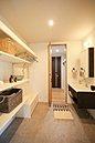 18号地分譲モデルハウス/広々洗面所で朝の支度も楽々