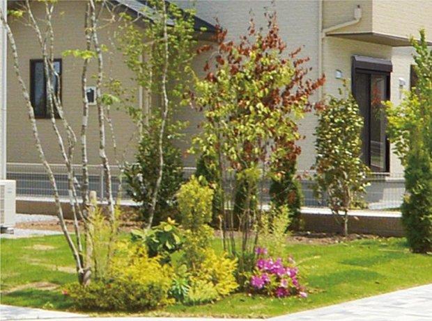 【【23号棟】その他画像】【緑の景観】建物のデザインに合わせ、シンボルツリーや豊富な植栽を設け、潤いのある景観をつくり出します。
