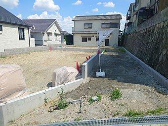 現地写真(外観) 雨で汚れを洗い流す外壁を使用!