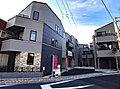 ~MELDIA横濱本牧~前面道路8M、南向きで日当り良好 二面接道で開放感あふれる好立地