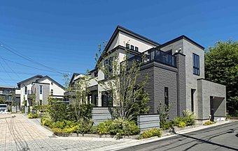 ≪全5邸≫全邸敷地面積130m2超/4LDK+スカイバルコニーやロフト付 ~【現地モデルサロン】公開中~
