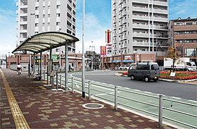 京阪「牧野」駅まで徒歩17分、自転車5分(約1330m)
