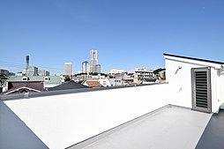 「桜木町」駅徒歩10分 屋上からランドマークを望む新築住宅