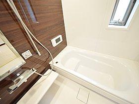 【浴室乾燥機付きユニットバス】