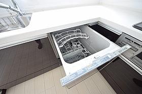 ■家事の忙しいの味方!食器洗浄機。