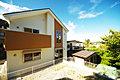 緑豊かな北鎌倉に住まう 敷地47坪 並列2台駐車スペース こだわり4LDK