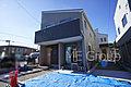草加市稲荷4丁目 新築一戸建て ご家族の会話がはずむ開放的なLDKのお家