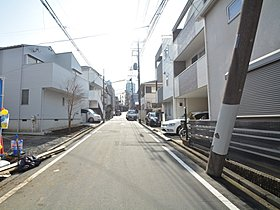 横浜ベイクォーター1km、CIALPLAT東神奈川780m