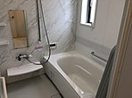 浴槽には魔法瓶のような断熱浴槽を採用!! お風呂の温度が下がりにくいので、追い炊きの回数が減り、光熱費の削減になります!!