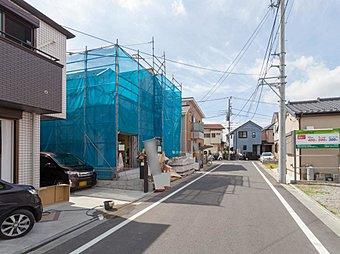 JR常磐線「亀有」駅バス15分 「足立郷土博物館」停徒歩3分