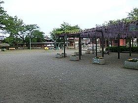 拝島公園:徒歩15分(1200m)