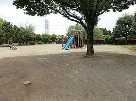 みほり広場公園:徒歩4分(260m)