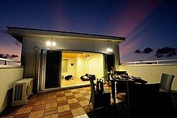 夜もまた違った楽しみが。夕日や星空を見るのも我が家での楽しみ。 -同仕様施工例写真-