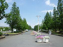 花博記念公園鶴見緑地 931m