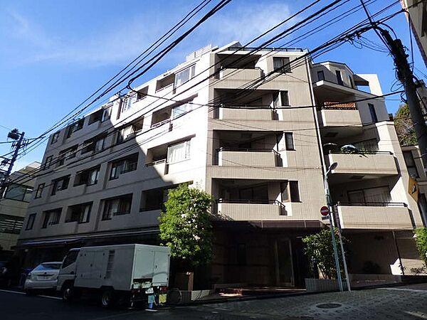 東京都港区六本木2丁目の賃貸マンション