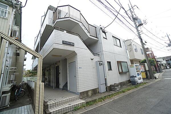 神奈川県川崎市多摩区菅北浦2丁目の賃貸マンション