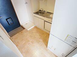 グランディール須磨のキッチンスペースも広々ですね。