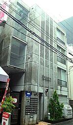 東京都新宿区西新宿8丁目の賃貸マンションの外観