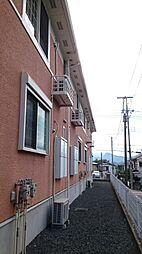 東京都あきる野市高尾の賃貸アパートの外観