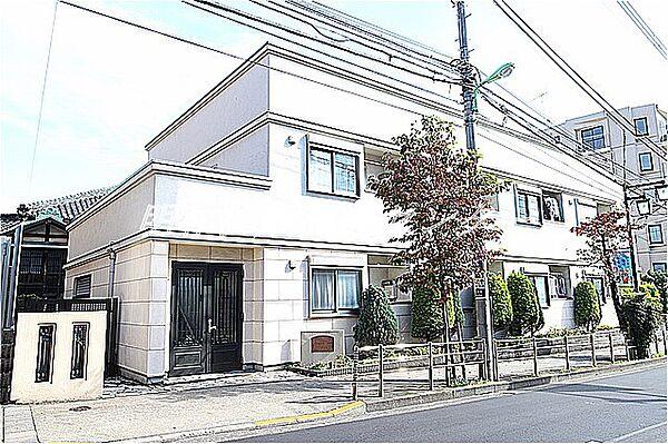 東京都世田谷区太子堂3丁目の賃貸アパートの外観