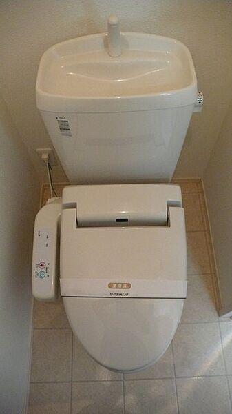 ミッシェルの温水洗浄便座付トイレ