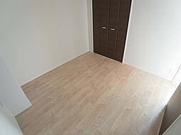 プリオーレ神戸大開通の6帖の洋室